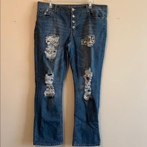 Rue21 blue jeans curvy crops